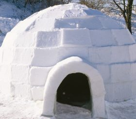 Un americano di Cambridge affitta un igloo su Airbnb
