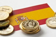 La Spagna cresce senza avere un governo