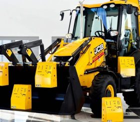 A-bucket-full-of-prototypes-JCB-is-poised-to-make-a-minimum-of-10000-ventilator-housings-in-response-to-1969