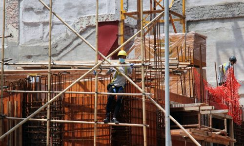 lavoratore_in_cantiere
